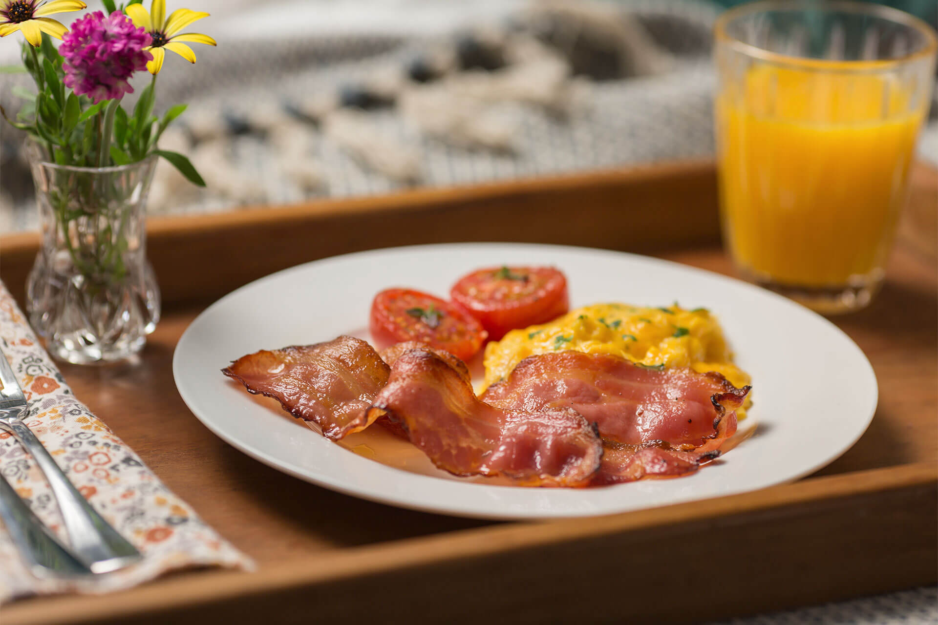 The Best Scrambled Eggs with Hellers Rasher Bacon